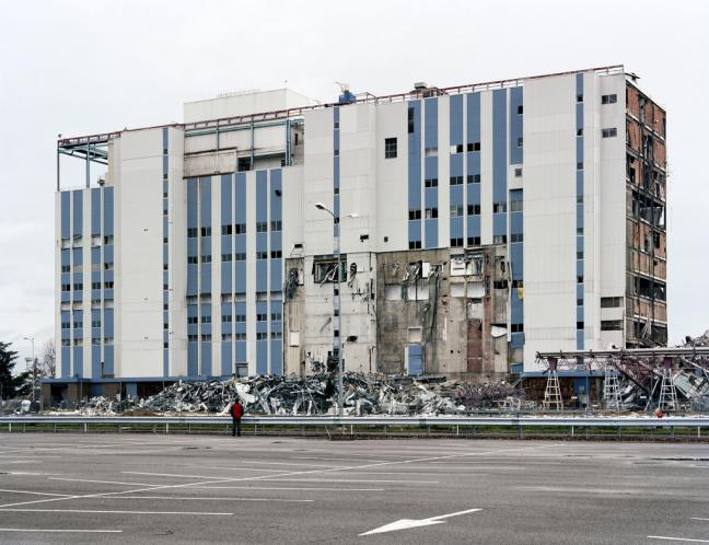 Robert Burley, After the Failed Implosion of the Kodak­Pathé Plant, Chalon-sur-Saône December 10 ,2007 © Robert Burley